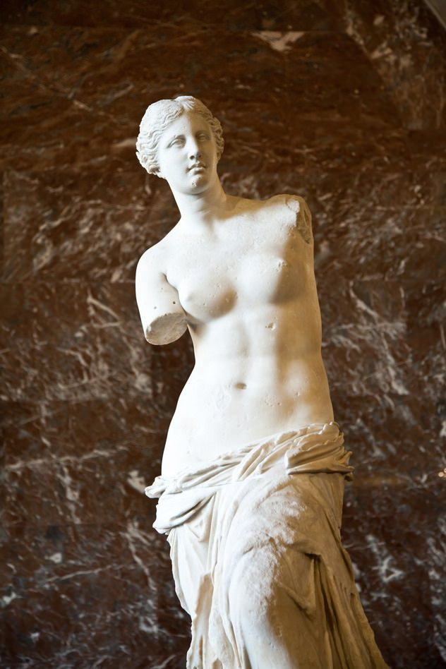 Fig. 1 -Venus de Milo, since it was found in the isle of Melos. Greek statue from the 1st century B.C.. It is a probable imitation of a work of the IV century B.C. , Paris, Louvre. Photo of Paolo Gallo Modena.