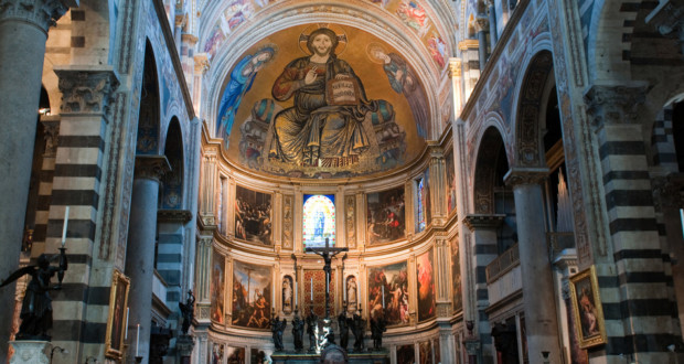 Fig. 1 -View of the chancel of the Cathedral of Pisa, in the city of Pisa Italy, built between 1064 and 1118. The Figure of Christ is the background, in a gesture of blessing.