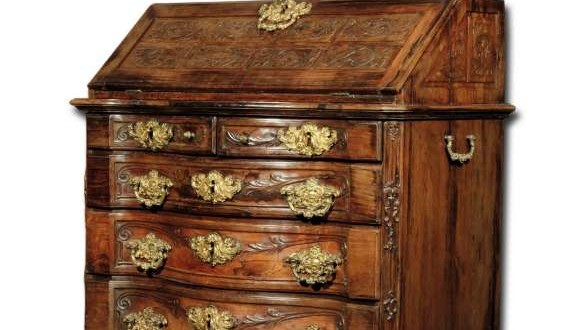 Paper D Dresser. Joseph I of rosewood with secret compartment for value guard, da Bahia, 21st century. XVIII. Photo: Disclosure.