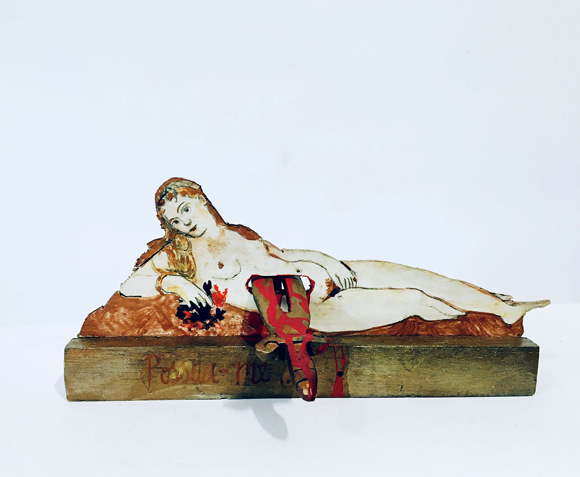 Appropriations, Author: Roberta Fortunato, Title: Stabbed Venus, Year: 2020, Technique: contraption | acrylic and varnish on wood, Dimensions: 30 x 30 x 20cm.
